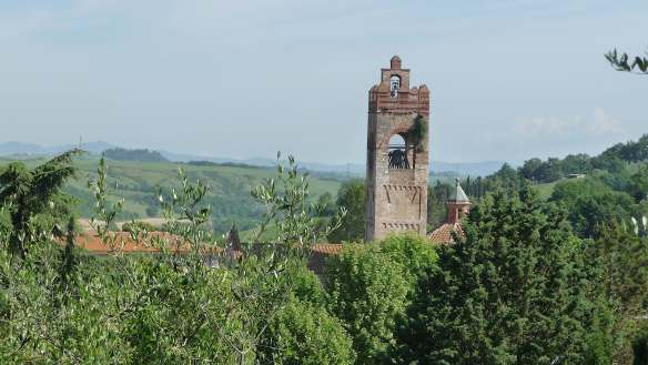 5-basilica-di-santagata-campanile