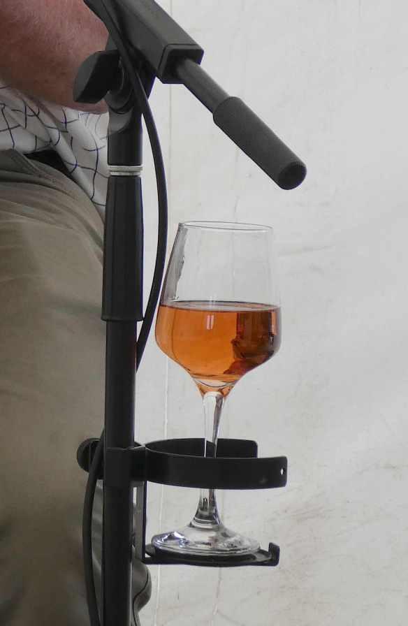15-wine-holder