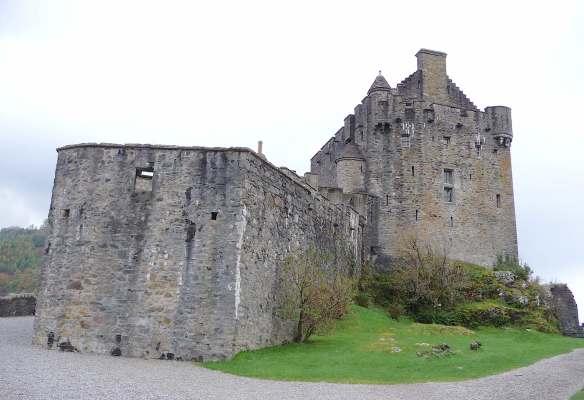 7.Eilean Donan Castle