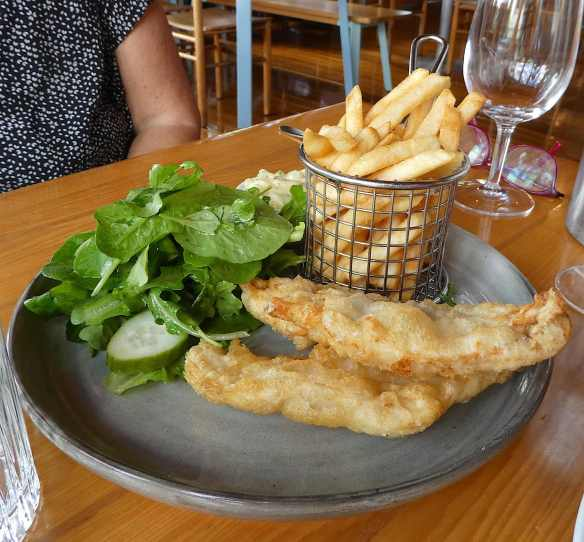 18.tempura market fish & chips, green salad with lemon & garlic dressing