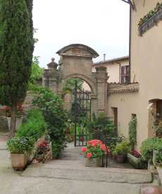 23.Spello homes