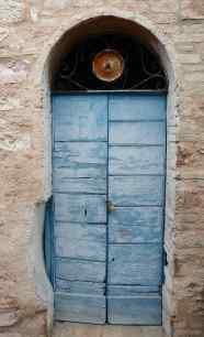 41.door13