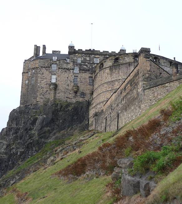 10.Edinburgh Castle,Half Moon Battery and Palace Block