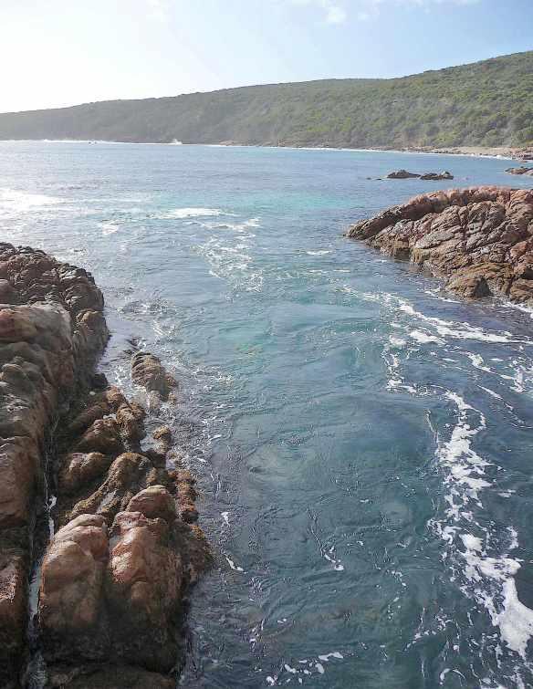 15.Canal Rocks