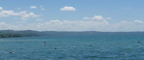 15.Lake Bolsena