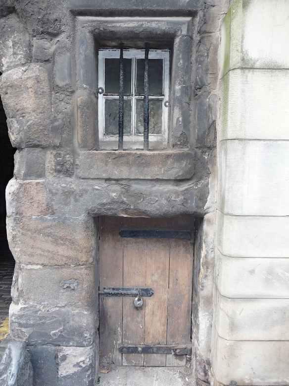 19.Edinburgh