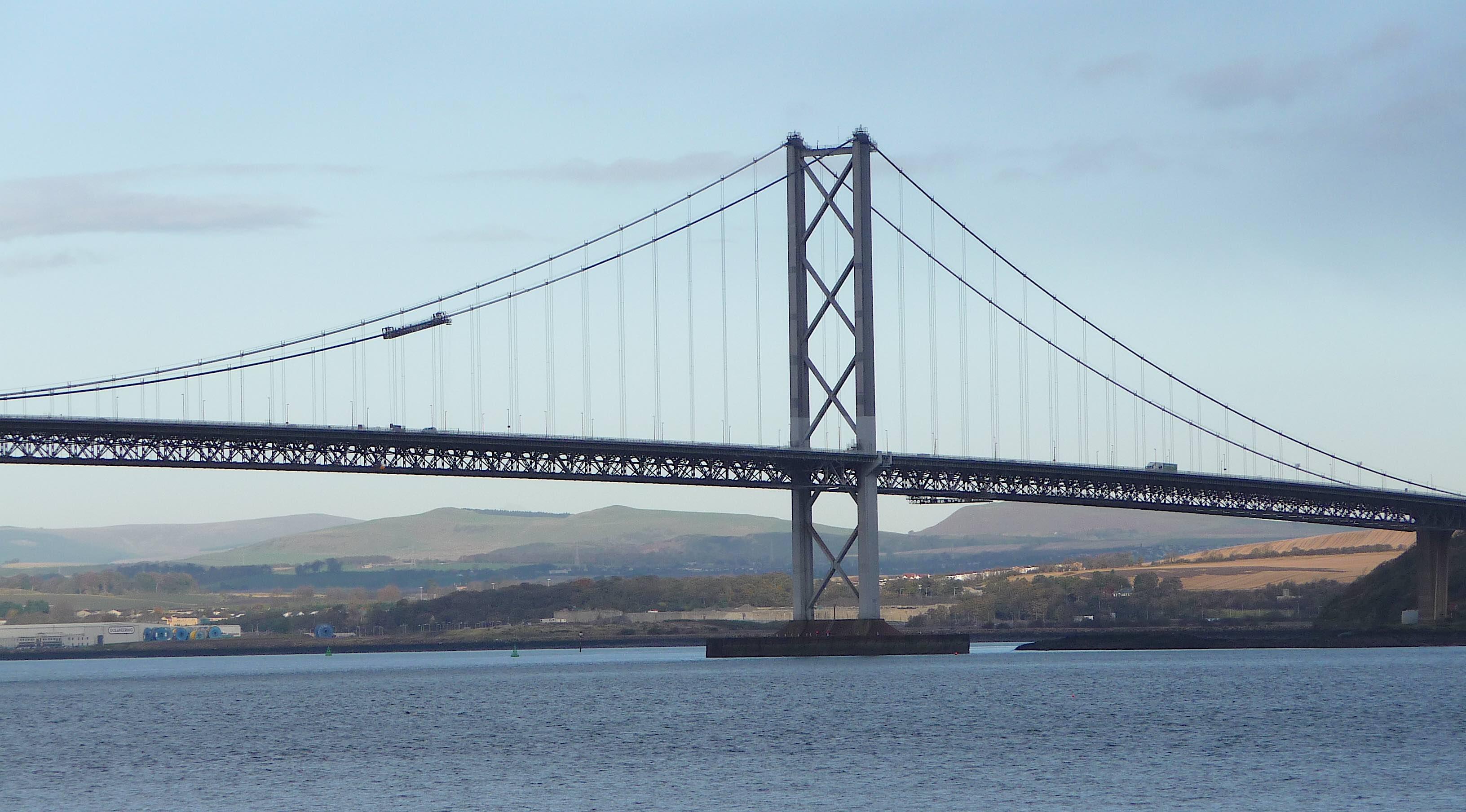 33.Forth Road Bridge