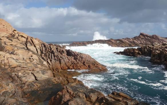 7.Canal Rocks