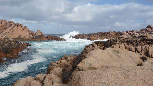 8.Canal Rocks