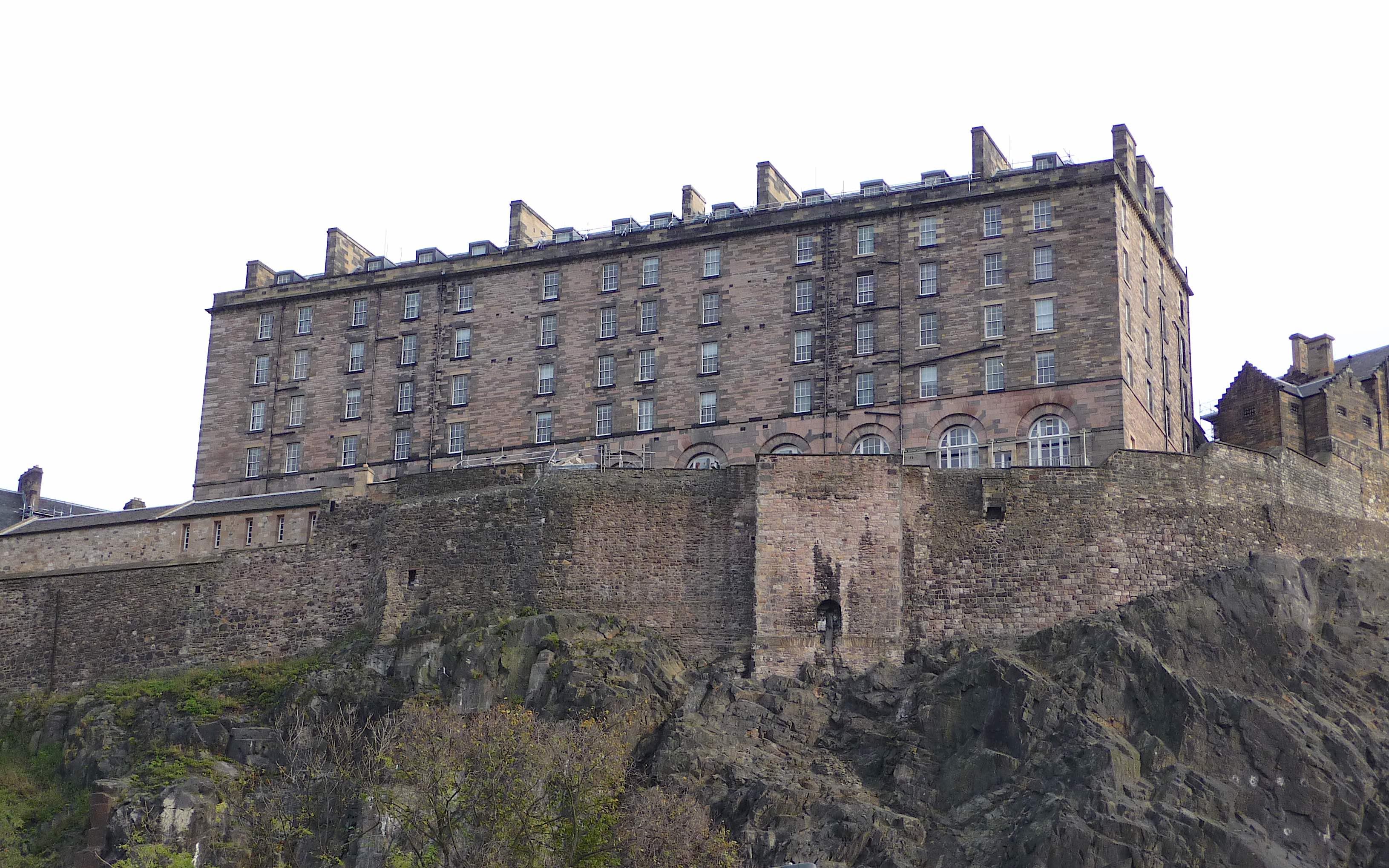 8.Edinburgh Castle