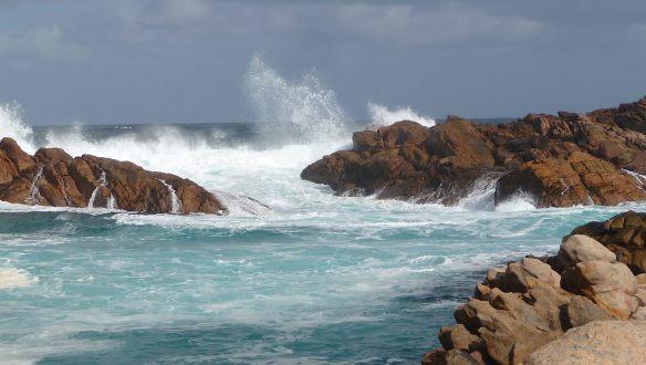 9.Canal Rocks