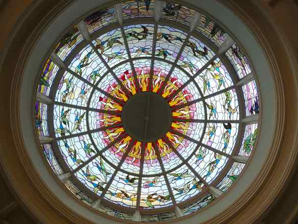 6.cupola in dining room
