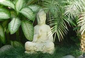 26.garden statue