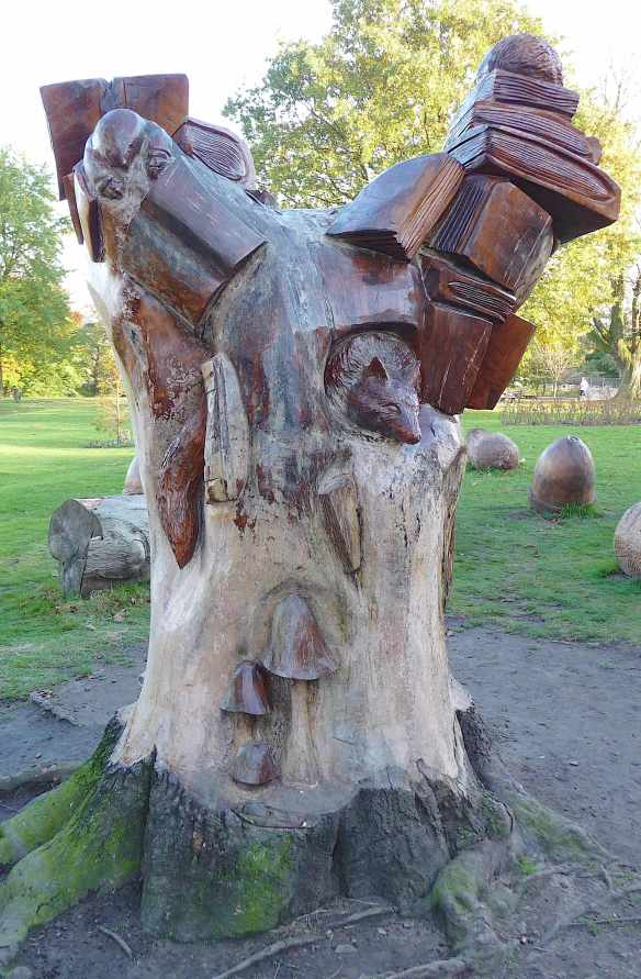 1.tree sculpture Memorial Prk