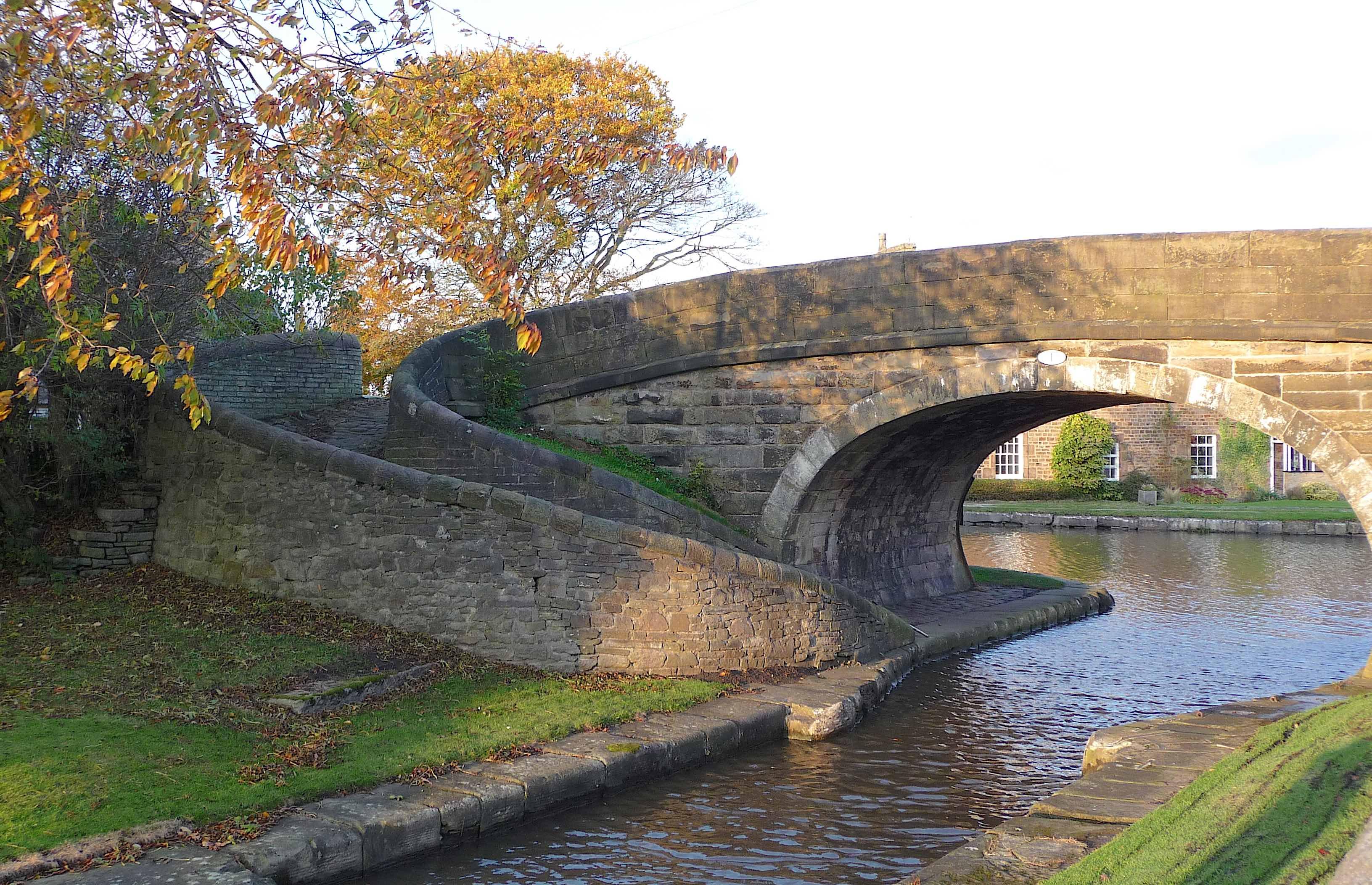 19.Top Lock Bridge