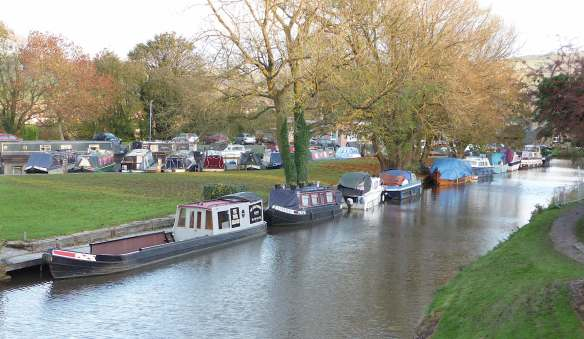 21.Top Lock Marina