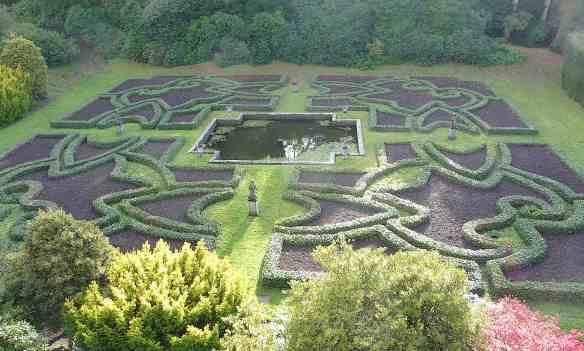 7.Dutch garden
