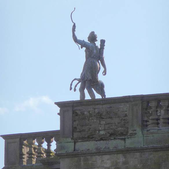 8.statue of Diana