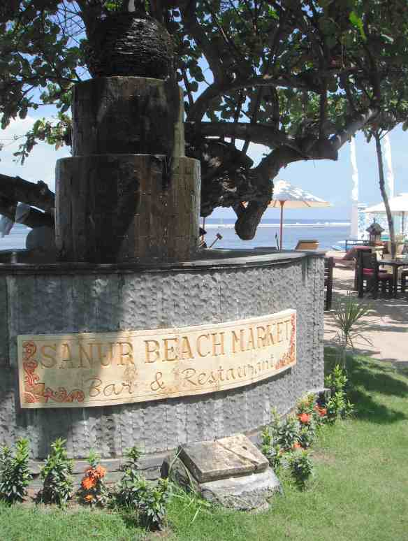 1.Sanur Beach Market Bar & Restaurant