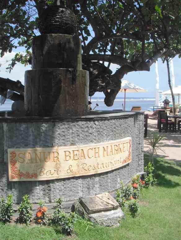 1.Sanur Beach Market Bar & Restaurant