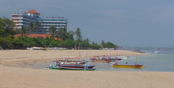 3.Sanur Beach