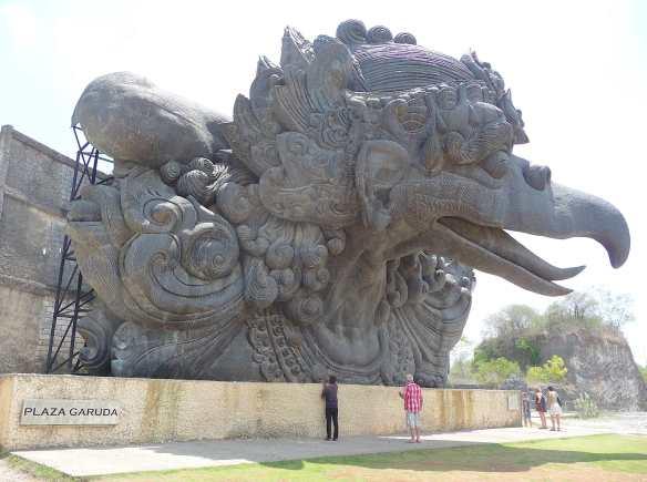8.Garuda Plaza