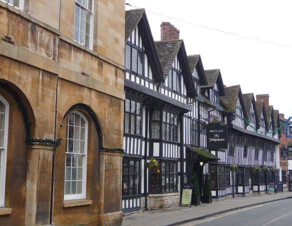 14.Mercure Stratford upon Avon Shakespeare Hotel, Chapel St