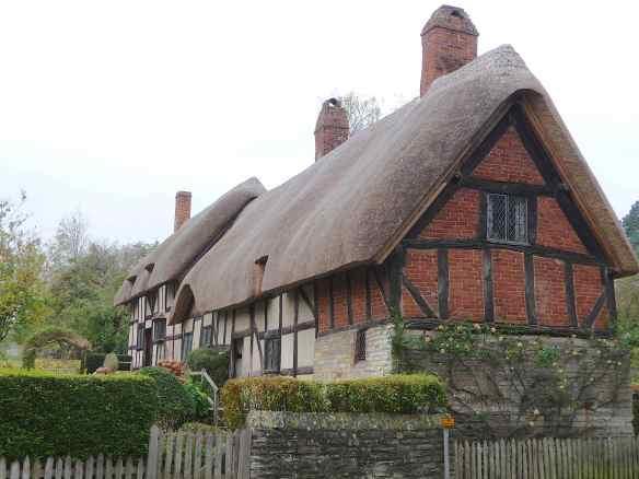 23.Anne Hathaway's cottage