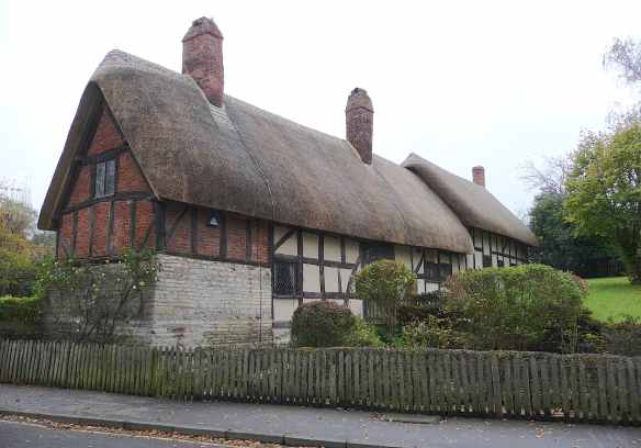 24.Anne Hathaway's cottage