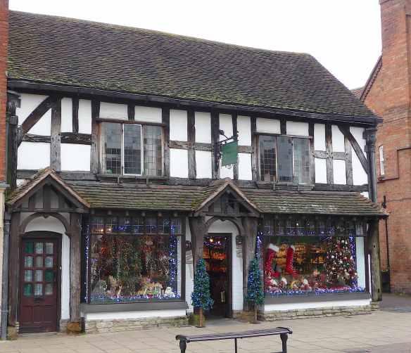 7.Henley St