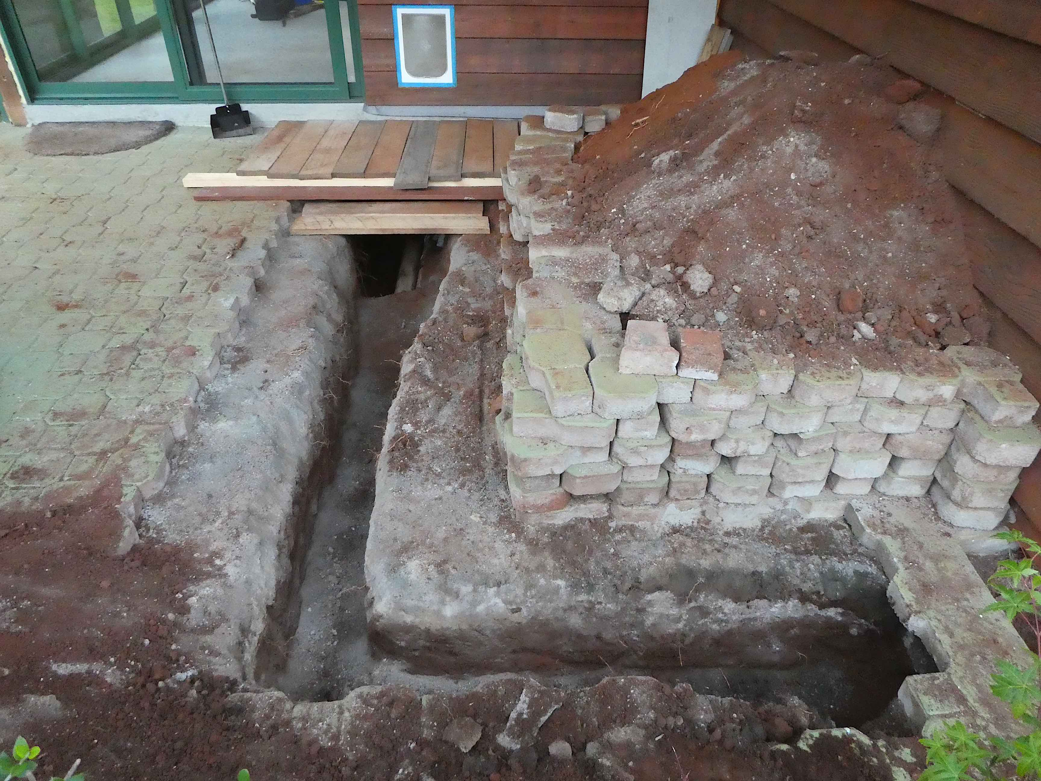 19.trench for plumber