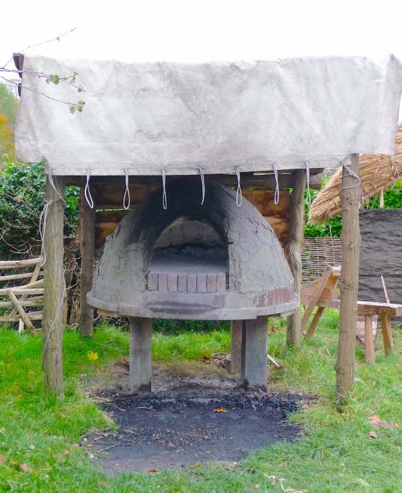11.Tudor outdoor oven