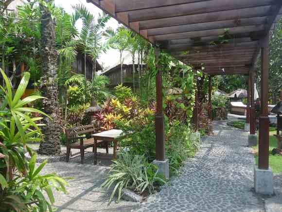 5.Hotel Tugu