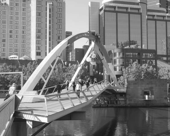 13.Southbank Pedestrian Bridge
