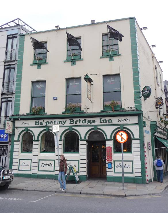 5.Ha'penny Bridge Inn