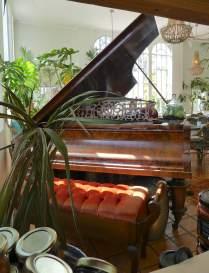 10.piano