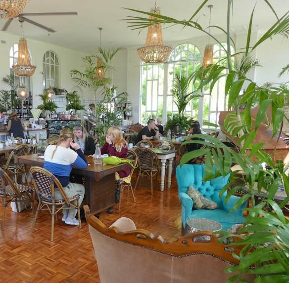 2.interior Conservatory