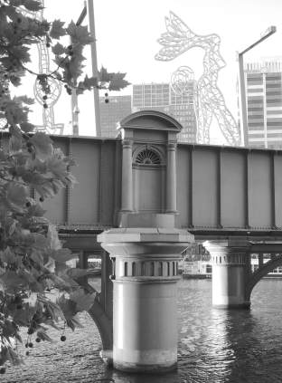 4.Sandridge Bridge
