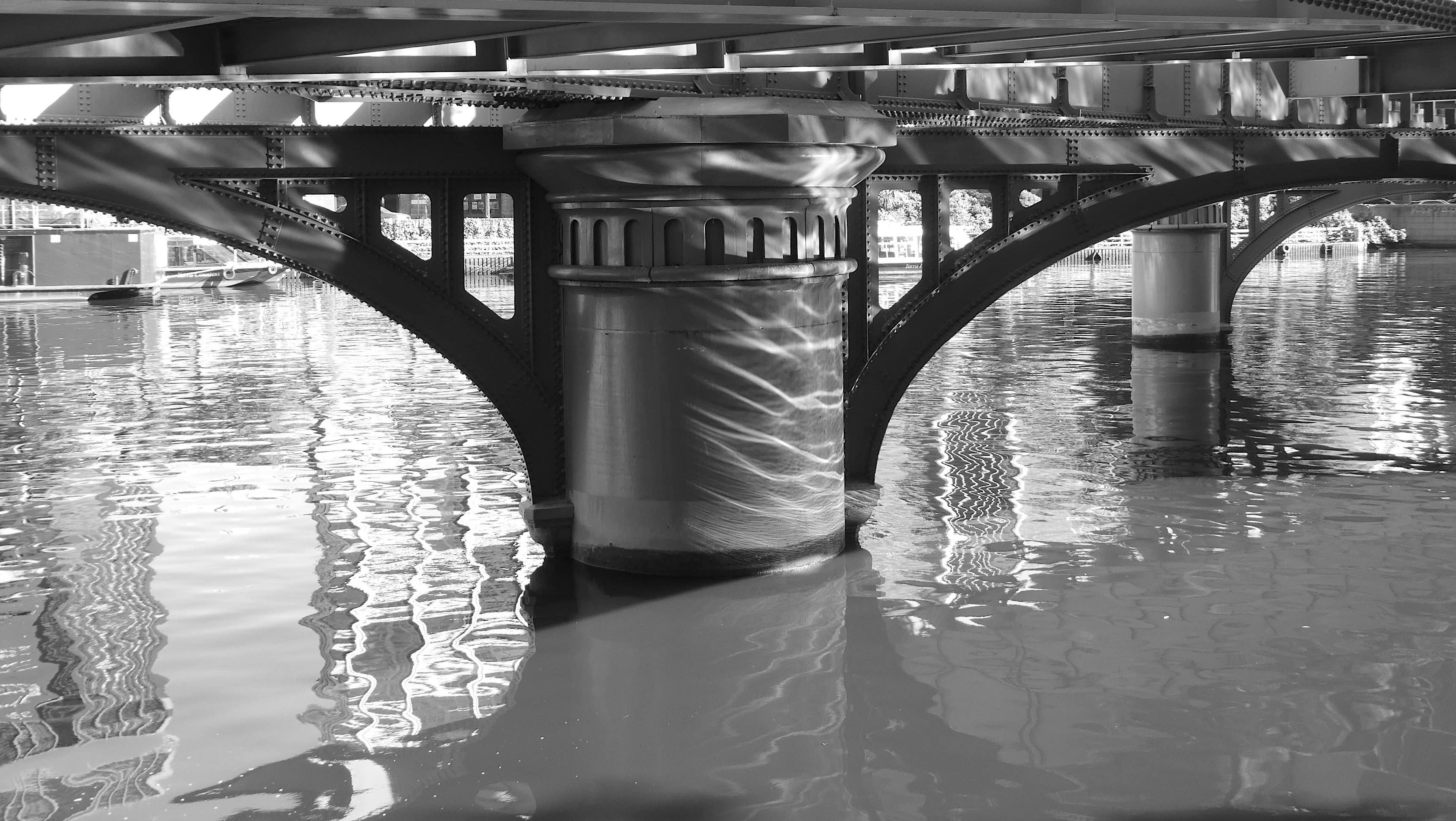 6.Sandridge Bridge a.m.