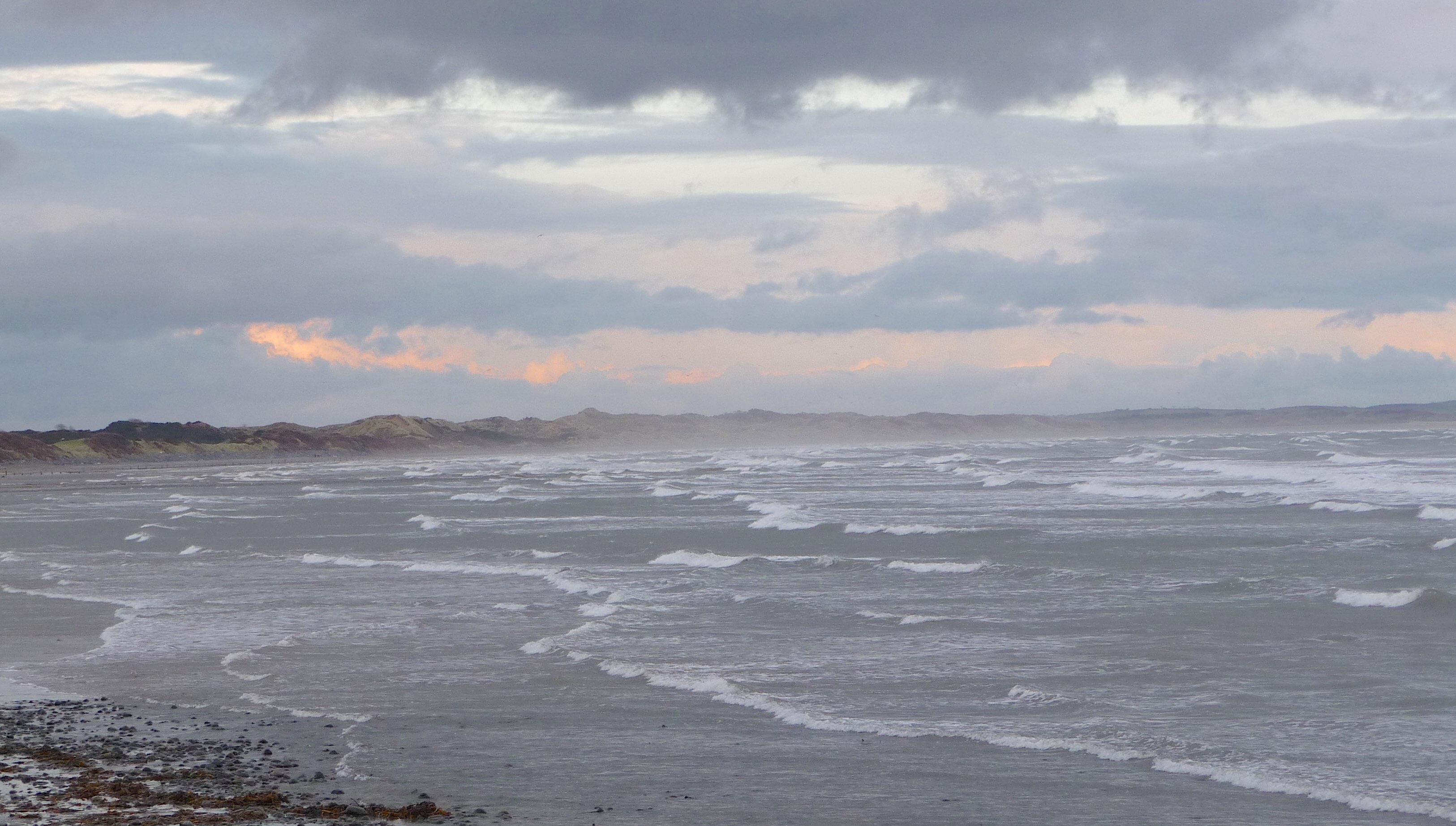 5.Dundrum Bay