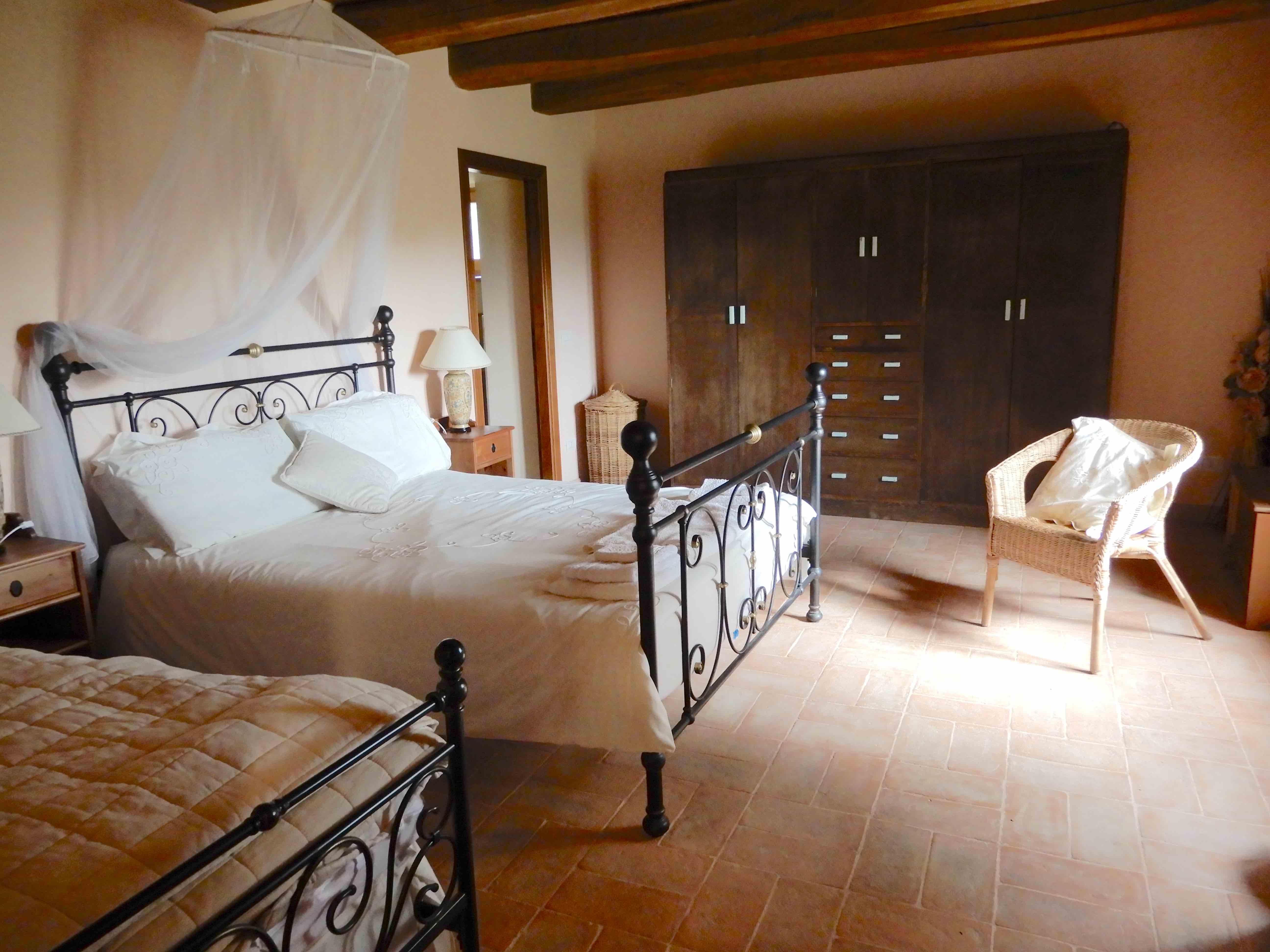 11.main bedroom