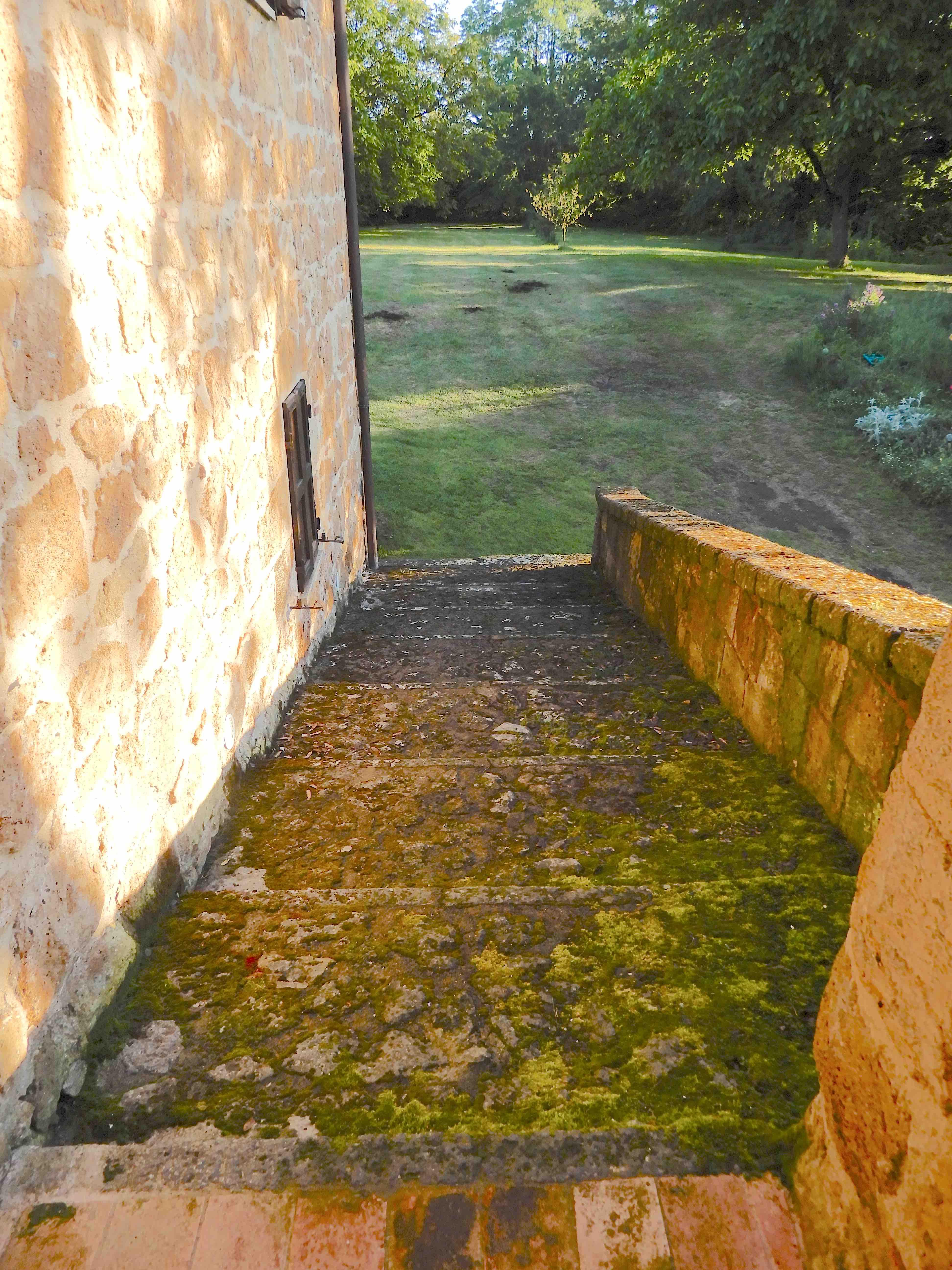 31.loggia steps