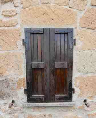 52.shutters