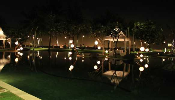 10.resort grounds