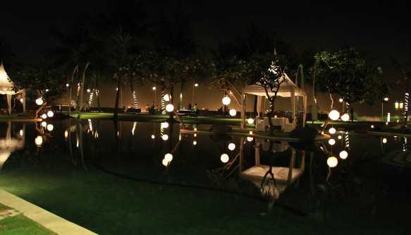 10.resort grounds