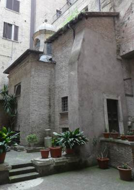 26.courtyard