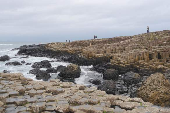 1.Giant's Causeway