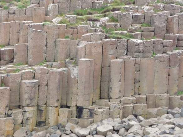3.Giant's Causeway