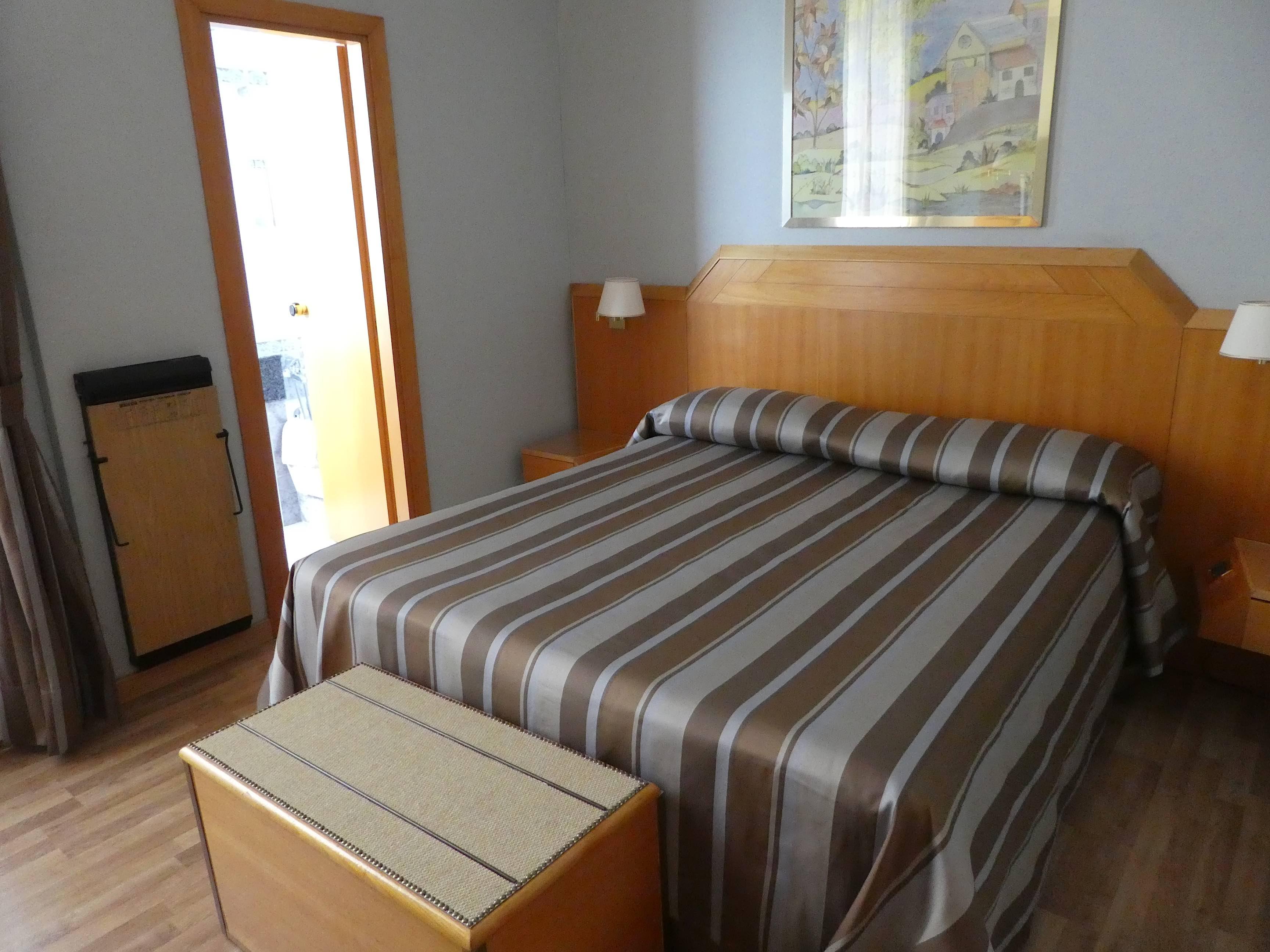 7.room