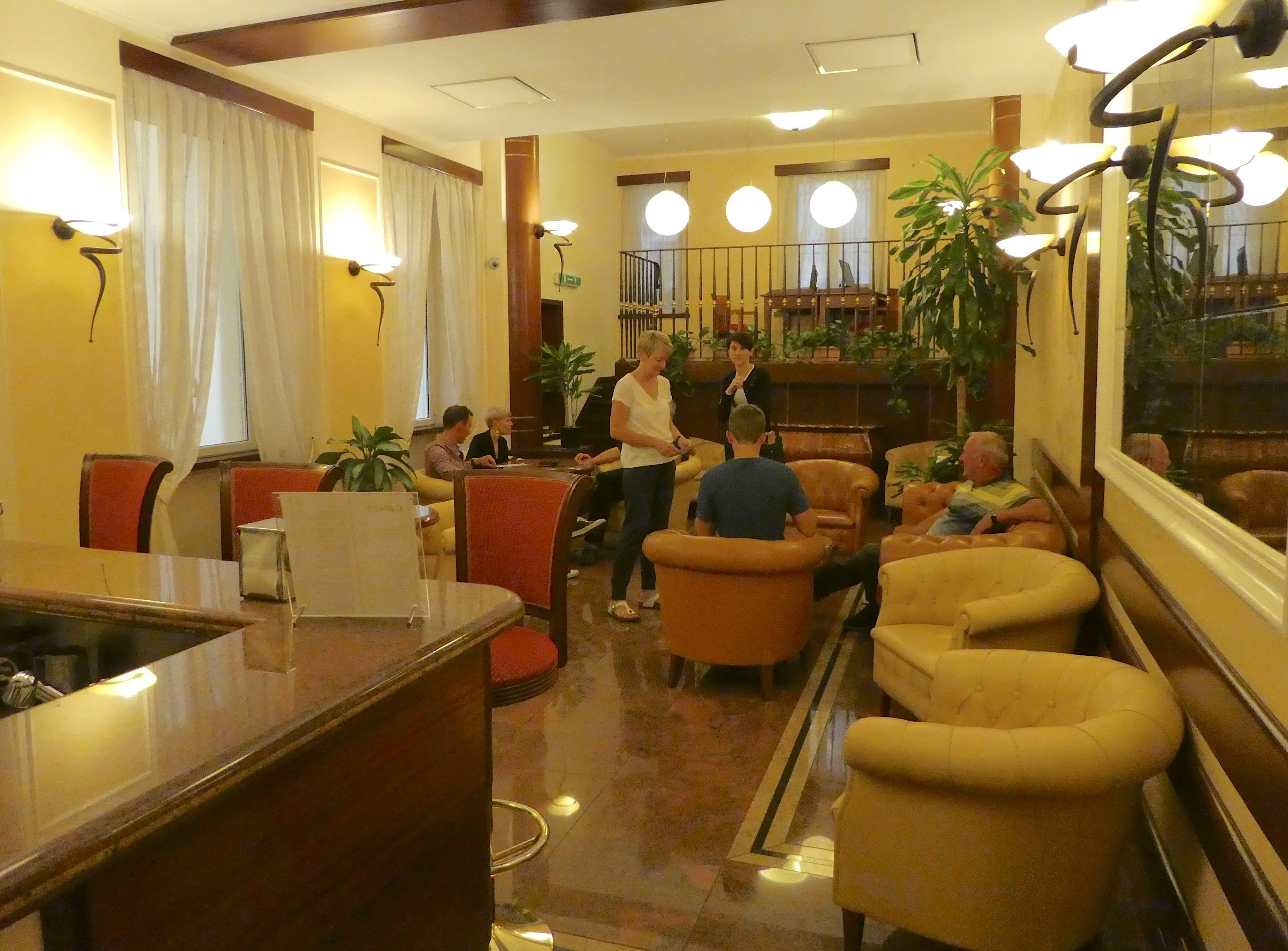 9.lounge bar